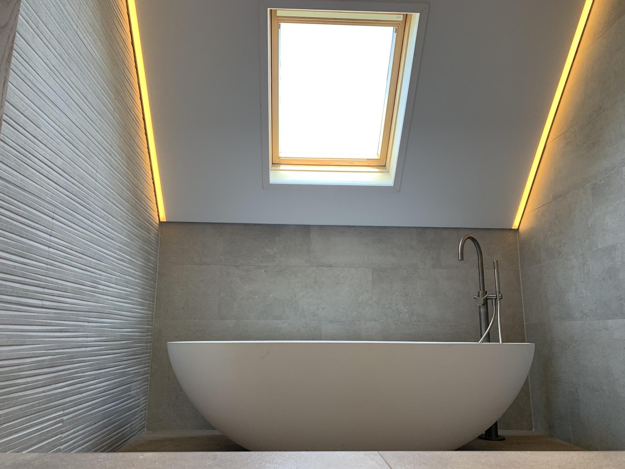 warme sfeerverlichting in badkamers